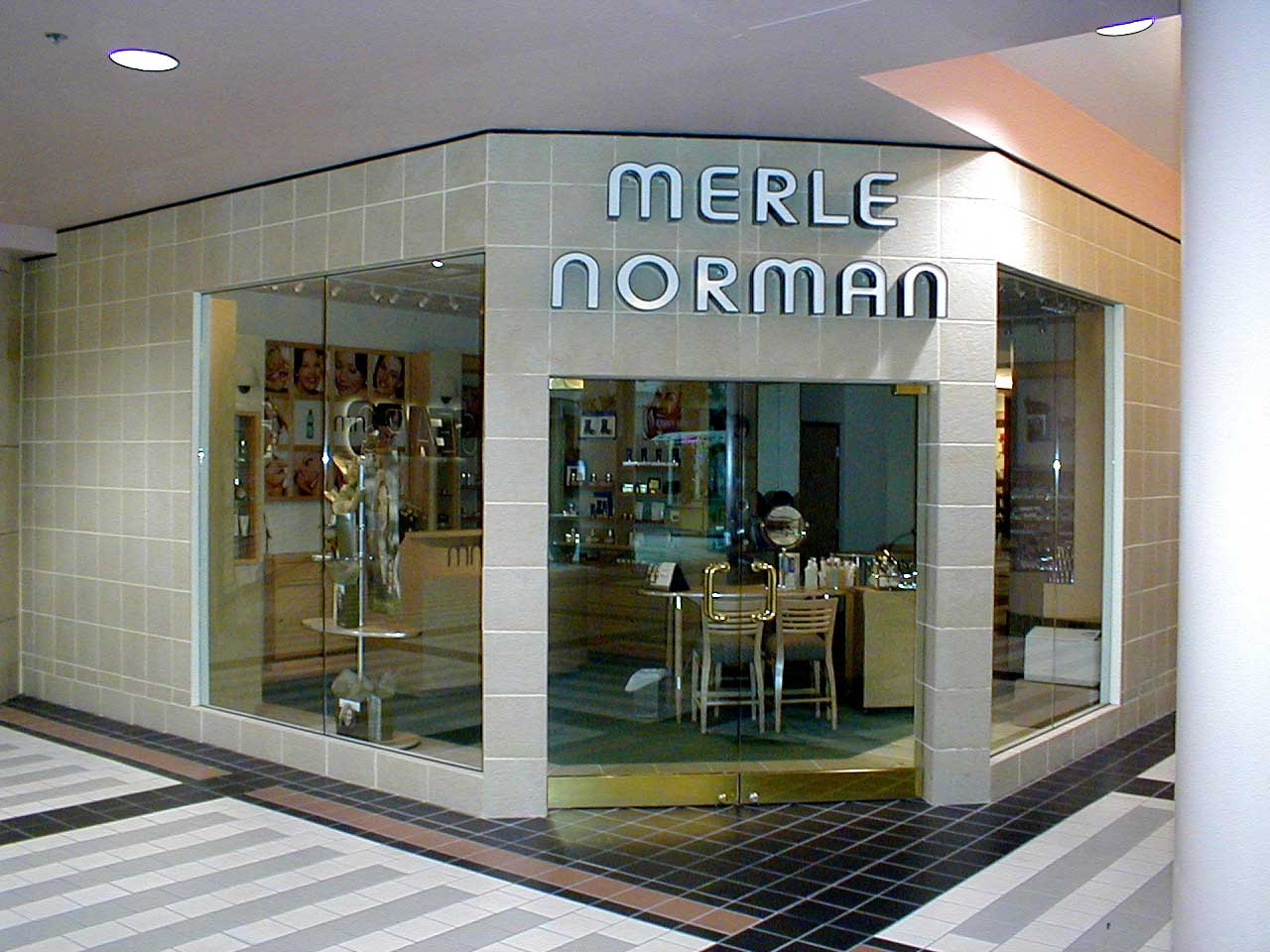 Merle-Norman---LC-1